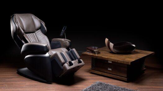 Najbardziej luksusowy model japońskiego wynalazcy foteli masujących